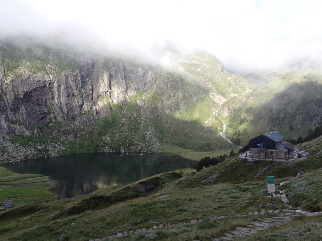 Lac d'Espingo above Lac d'Oô, with new French Alpine Club hostel.