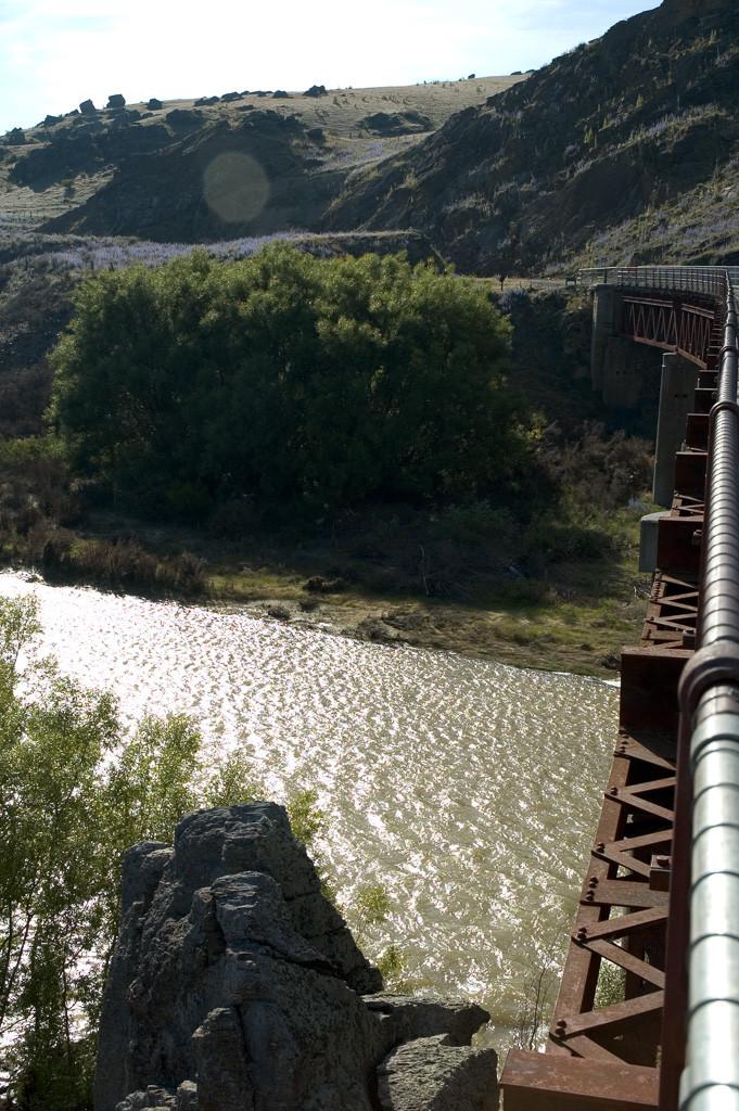 otago-rail-trail-steel-bridge